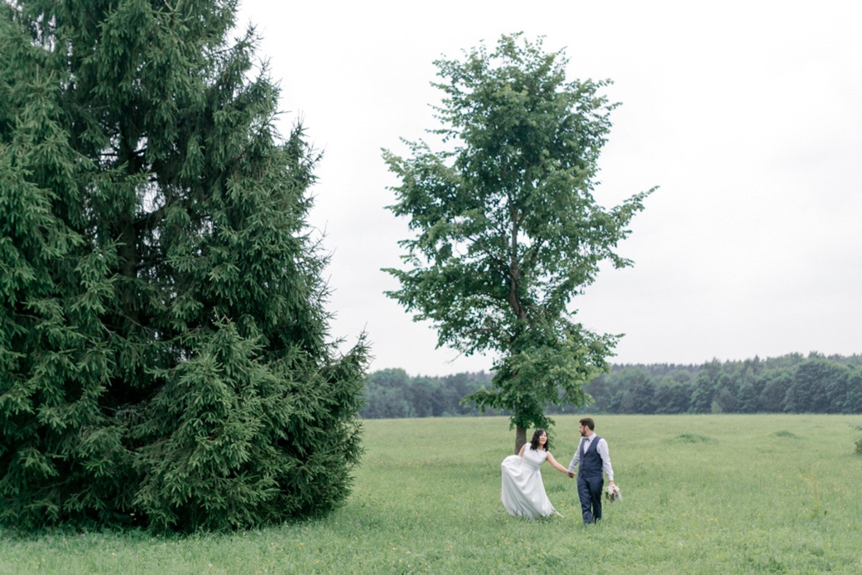 Романтичный минимализм: русско-испанская свадьба