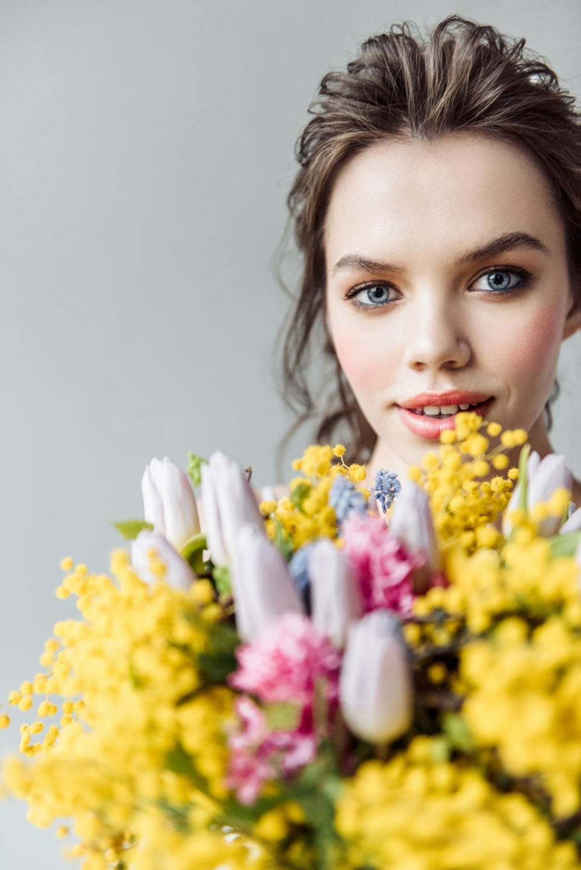Яркие краски весны: стилизованная фотосессия