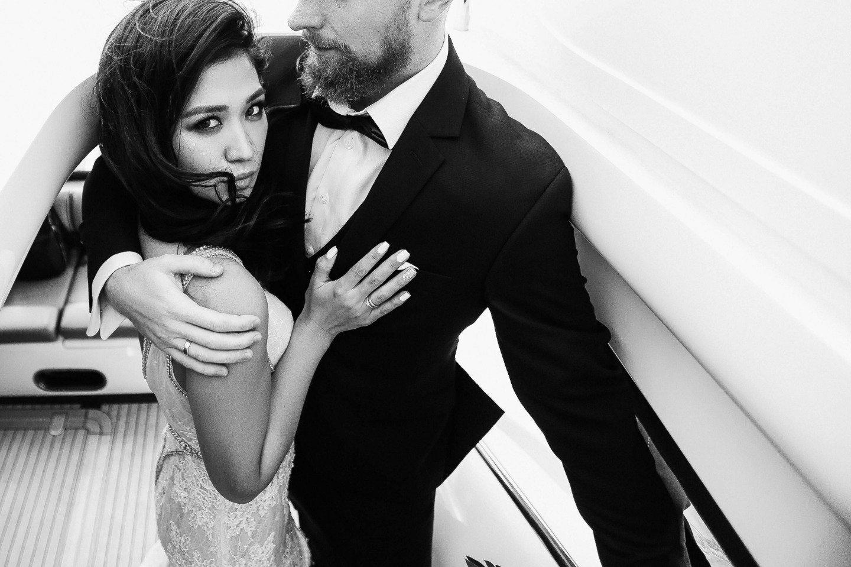 Элегантность и драйв: современная молодежная свадьба