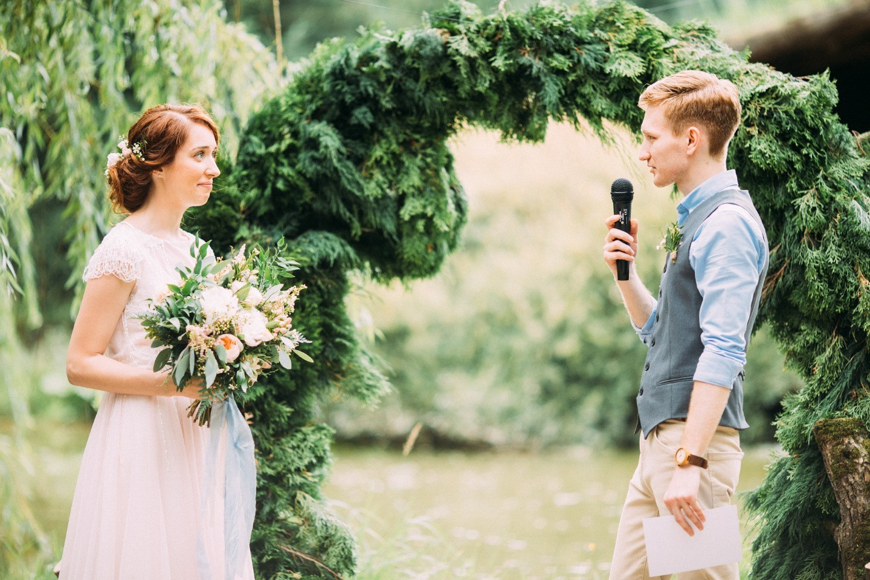 Уютный рустик: загородная свадьба своими руками
