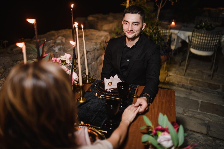 От рассвета до заката: свадьба для двоих в Черногории