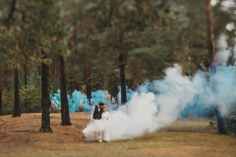 Утро на берегу реки: свадьба на Волге