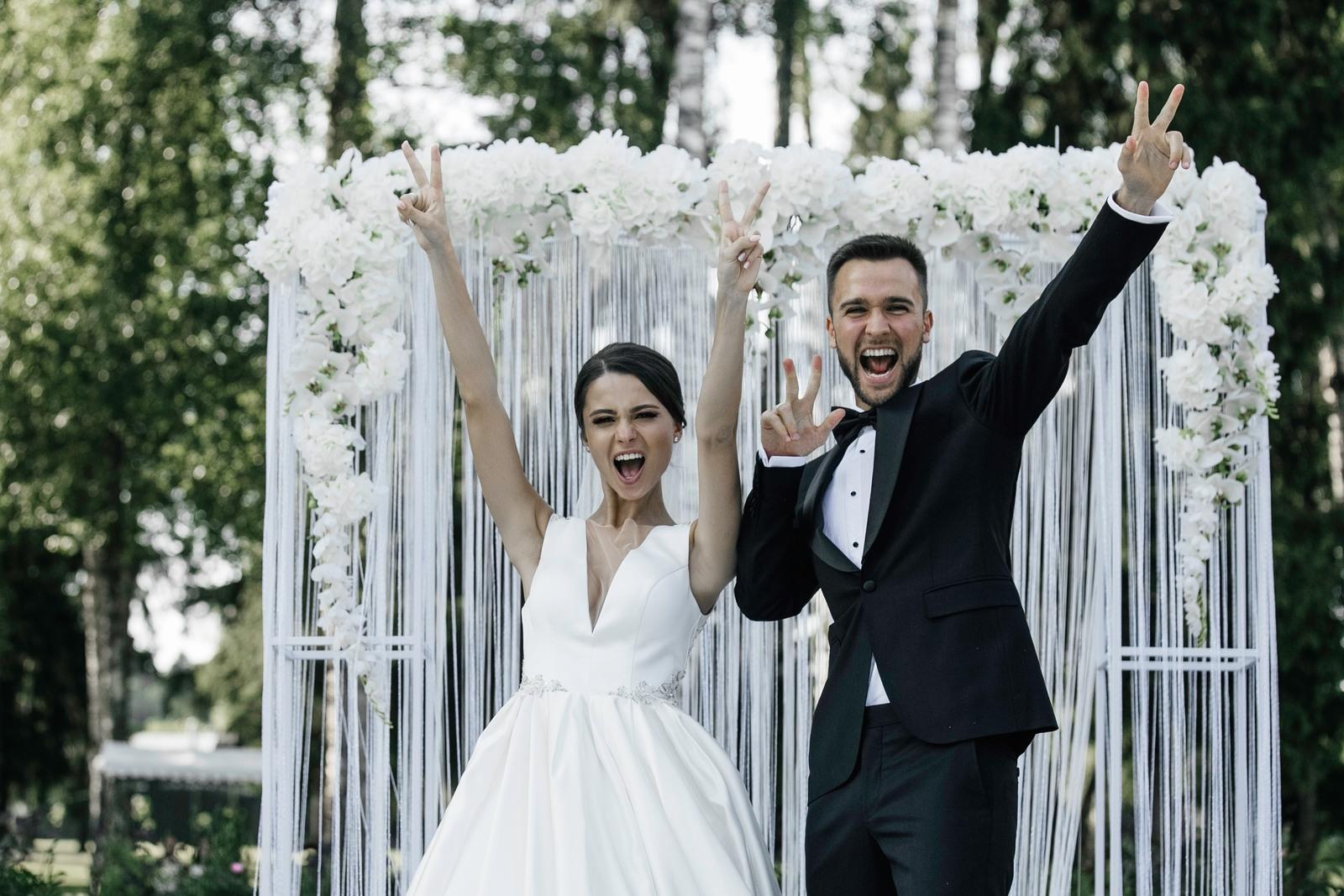 Классическая свадьба в серебристой палитре