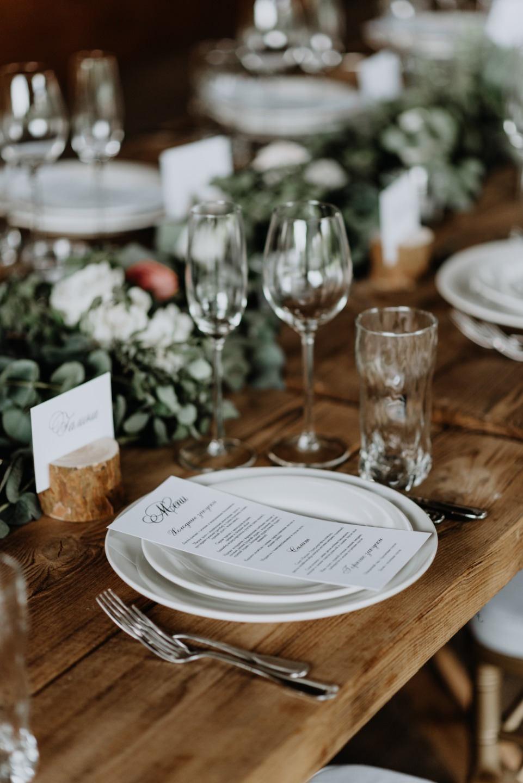 Свадьба в стиле «рустик» без организатора и декоратора