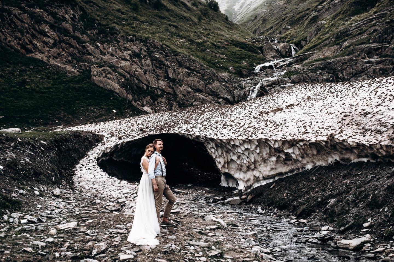 Свадьба для двоих в горах Грузии