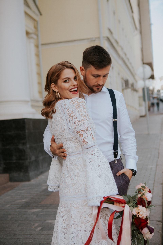 В ритме большого города: свадьба для двоих