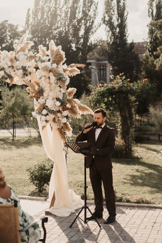 Happy Summer: романтичная свадьба на загородной площадке