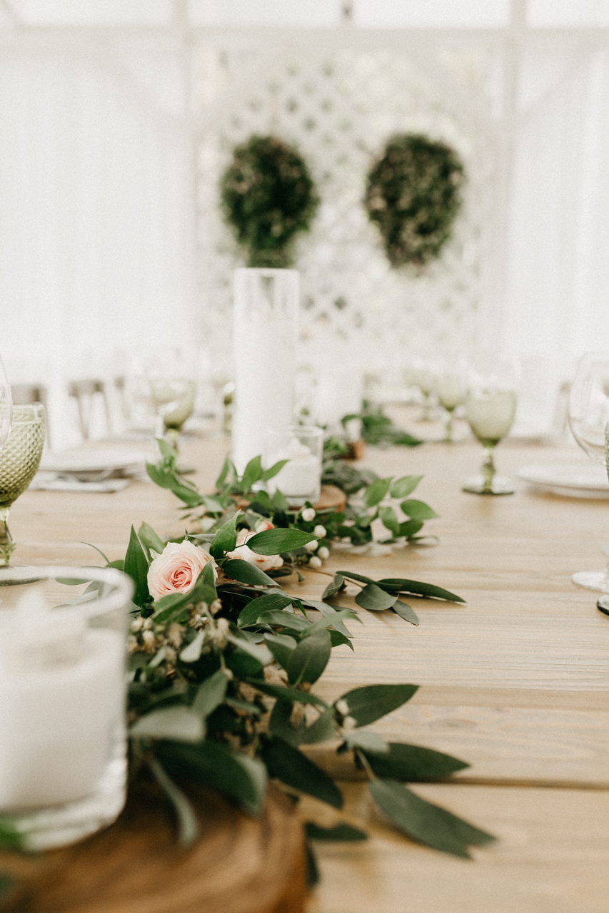 Счастье быть вместе: непринужденная загородная свадьба