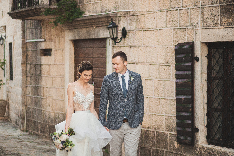 Свадьба для двоих среди уютных улочек Черногории