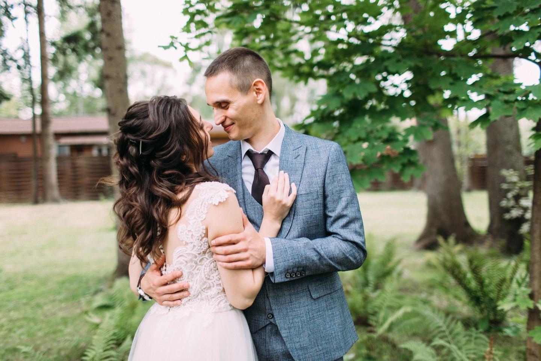 Нежность одуванчика: загородная эко-свадьба