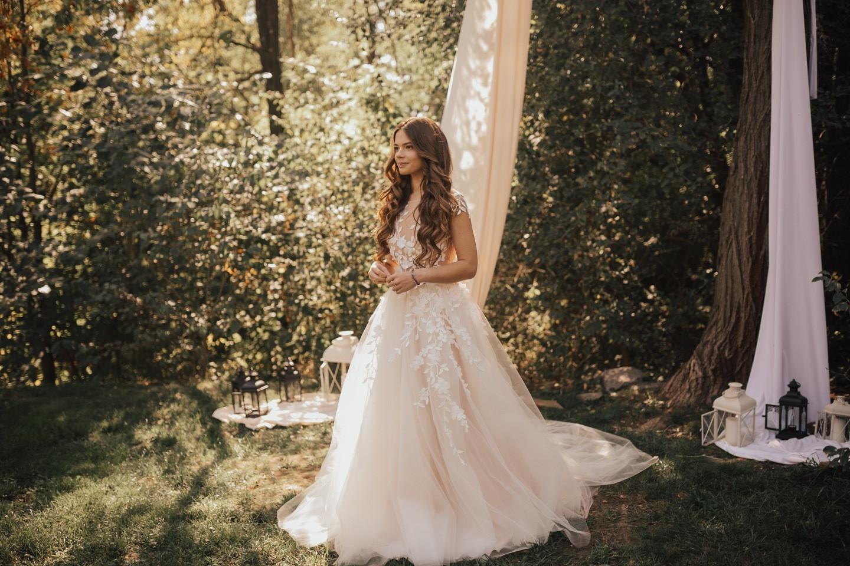 Уютная лесная свадьба в стиле бохо
