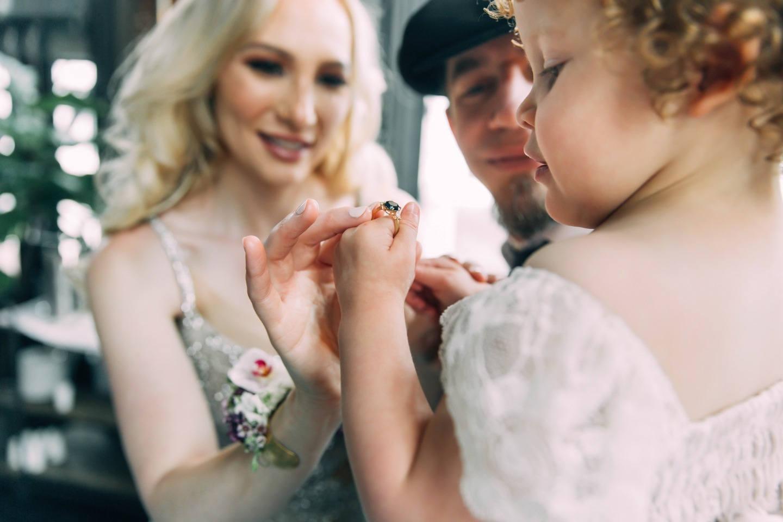 Urban Chic Wedding: свадебная вечеринка в Детройте