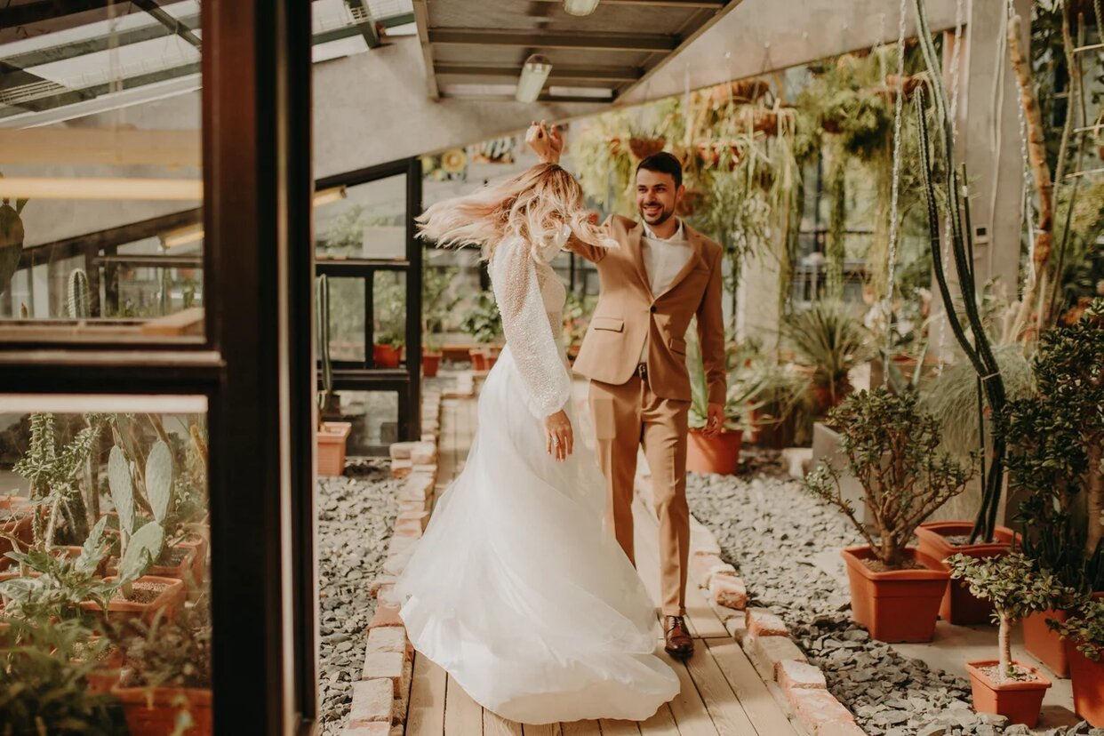 Просто вместе: свадьба с фотосессией в Аптекарском огороде
