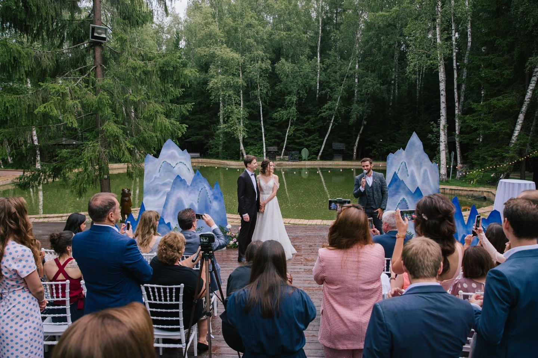 Счастье не за горами: свадьба в «горной» стилистике