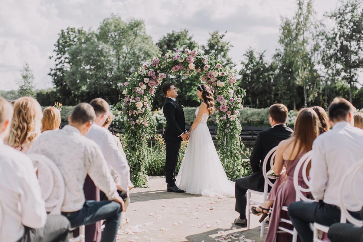 Аромат лаванды: свадьба во французском стиле