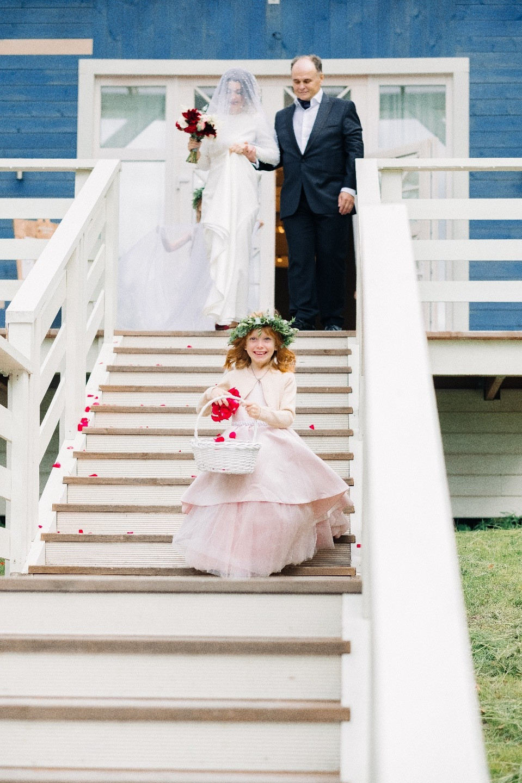 Лесная свадьба в гранатовой палитре