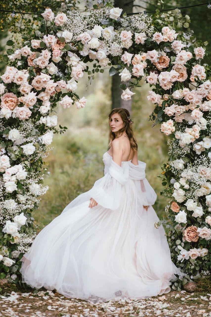 Лесная сказка: романтичная эко-свадьба в Сибири