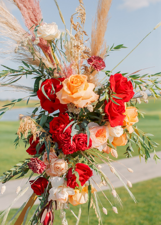 Цвет страсти: богемная свадьба в ярких тонах