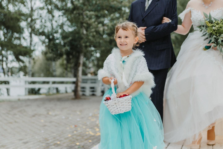 Своими руками: свадьба в изумрудной палитре