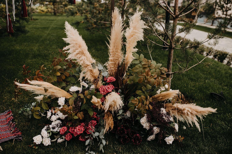 «Стать одним движением ветра»: свадьба в богемном стиле