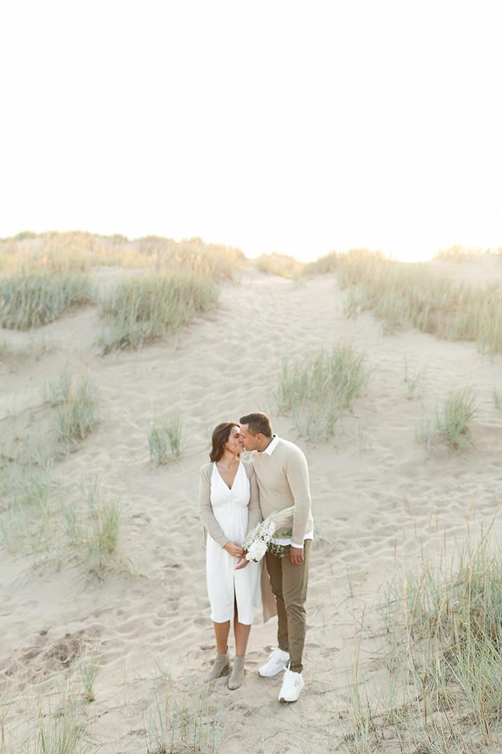 Помолвочная love-story на пляже в Финляндии
