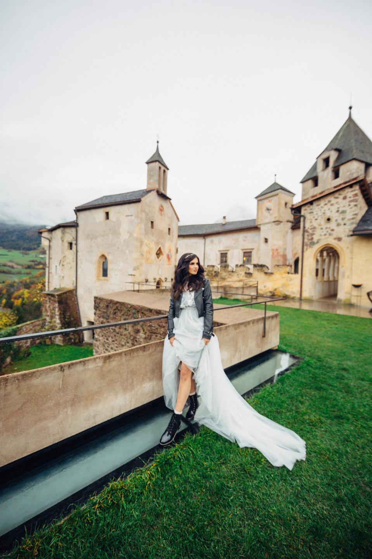 Стилизованная съёмка в средневековом итальянском замке Castel Prösels