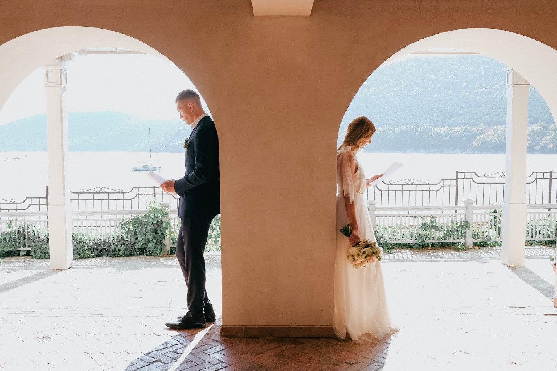 Just do it! Тематическая свадьба на озере в голубых тонах