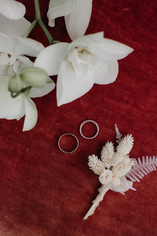 «Сила притяжения»: концептуальная свадьба с нежными акцентами