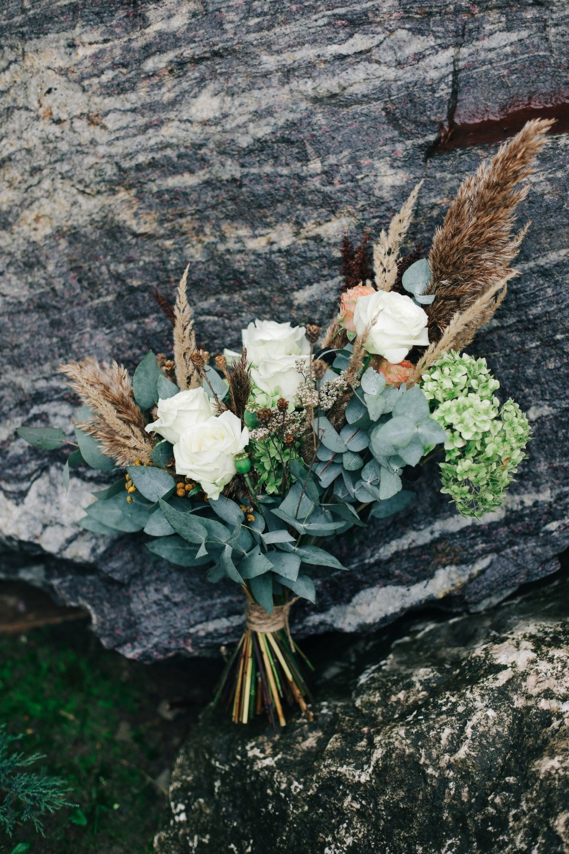 Дыхание осени: эко-свадьба в холодных тонах