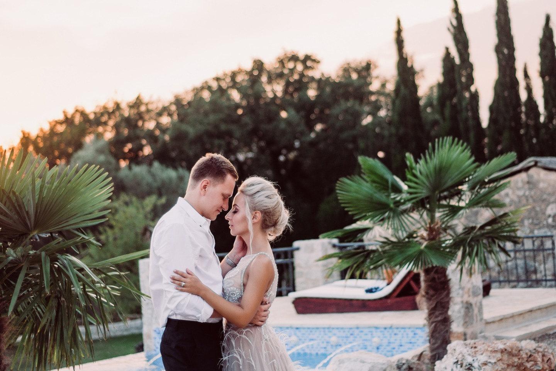 Уютная и романтичная свадьба в солнечной Черногории