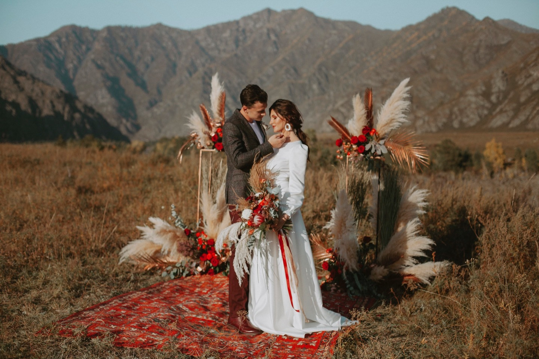 Горный Алтай: стилизованная фотосессия в богемном стиле