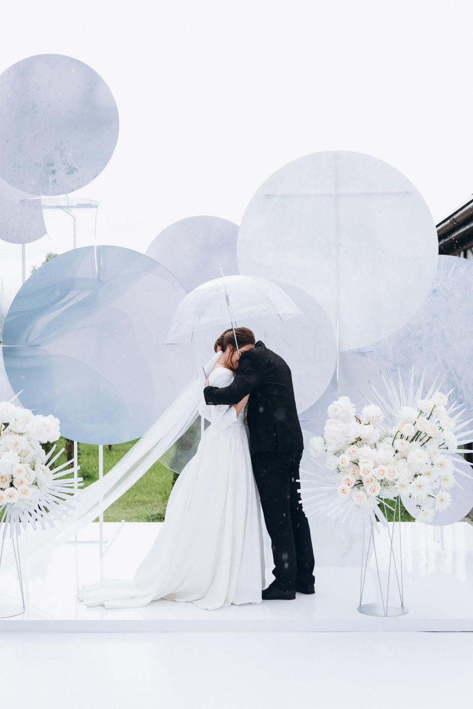 «Ddareeverything»: классическая свадьба в загородном коттедже