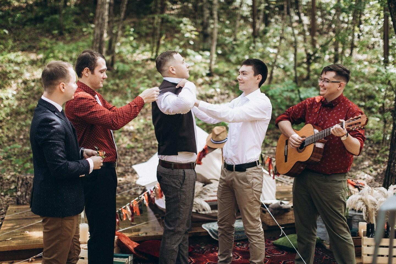 «Вот так просто?»: свадьба-путешествие в стиле бохо