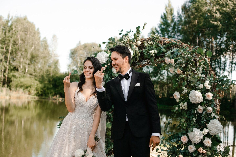 Романтика музыки: розово-пудровая свадьба в усадьбе