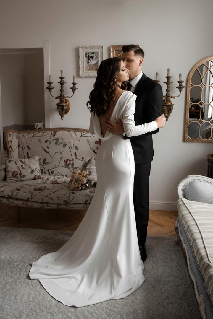 Нежная осень: элегантная свадьба в ресторане