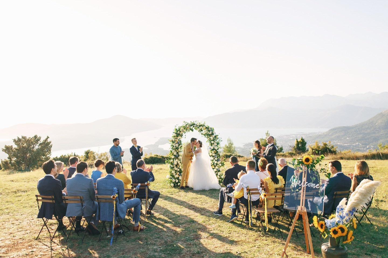 Русско-голландская свадьба на вилле в Черногории