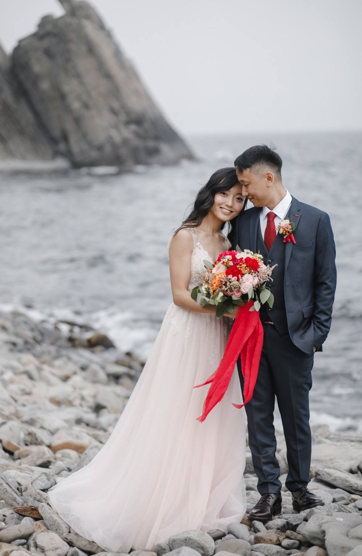 Яркая камерная свадьба на свежем воздухе