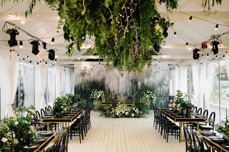 «Магический лес»: эко-свадьба в ресторане
