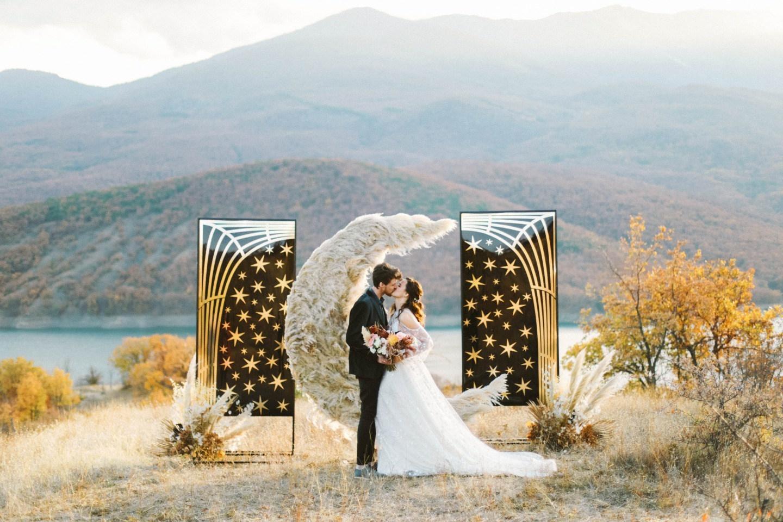 «Звезда моей жизни»: рустик-свадьба среди гор и моря