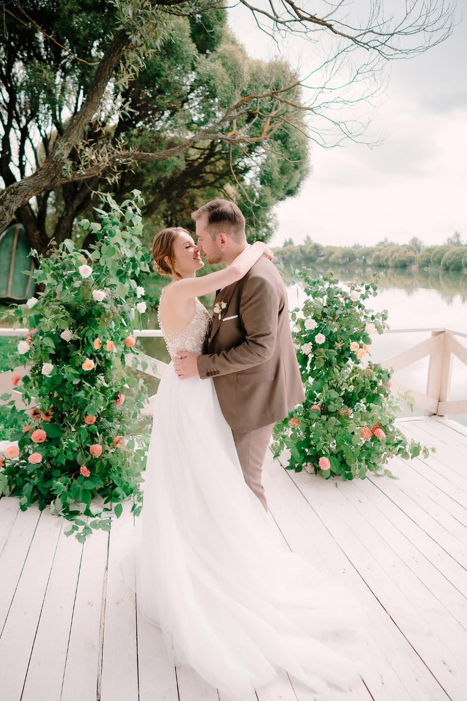 Зеленый берег: атмосферная эко-свадьба
