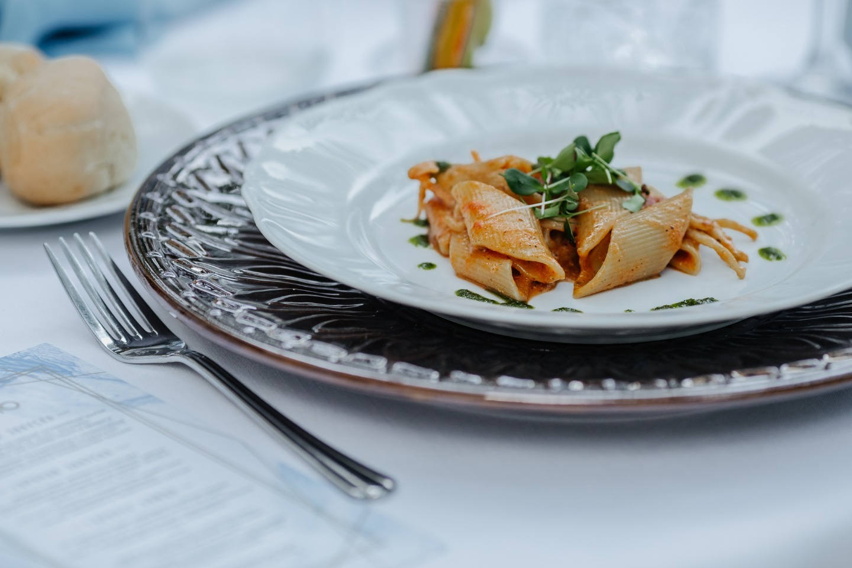 «Семейный итальянский ужин»: свадьба на вилле