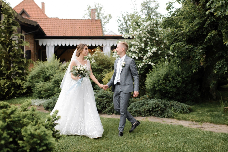 Eco & rustic: весенняя свадьба за городом