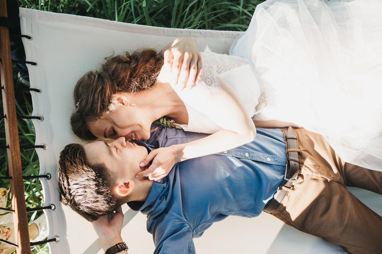 Лесное волшебство: уютная рустик-свадьба