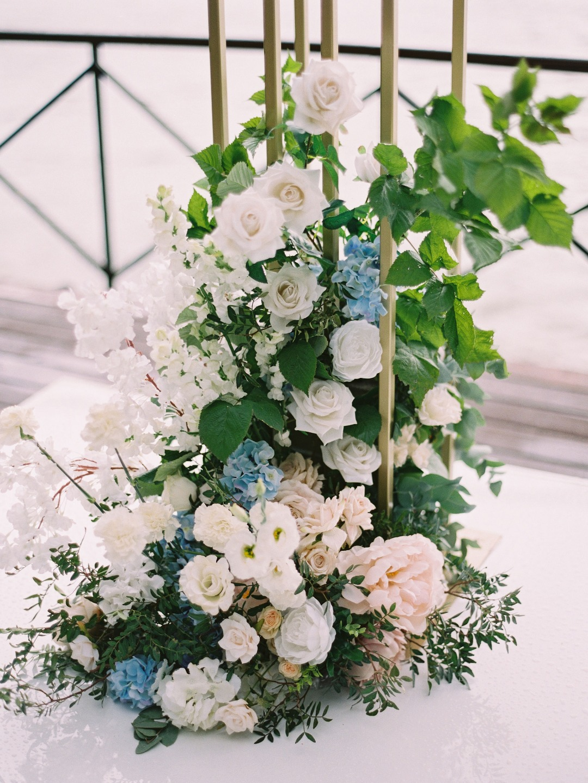Лазурное море: романтическая свадьба в голубых оттенках