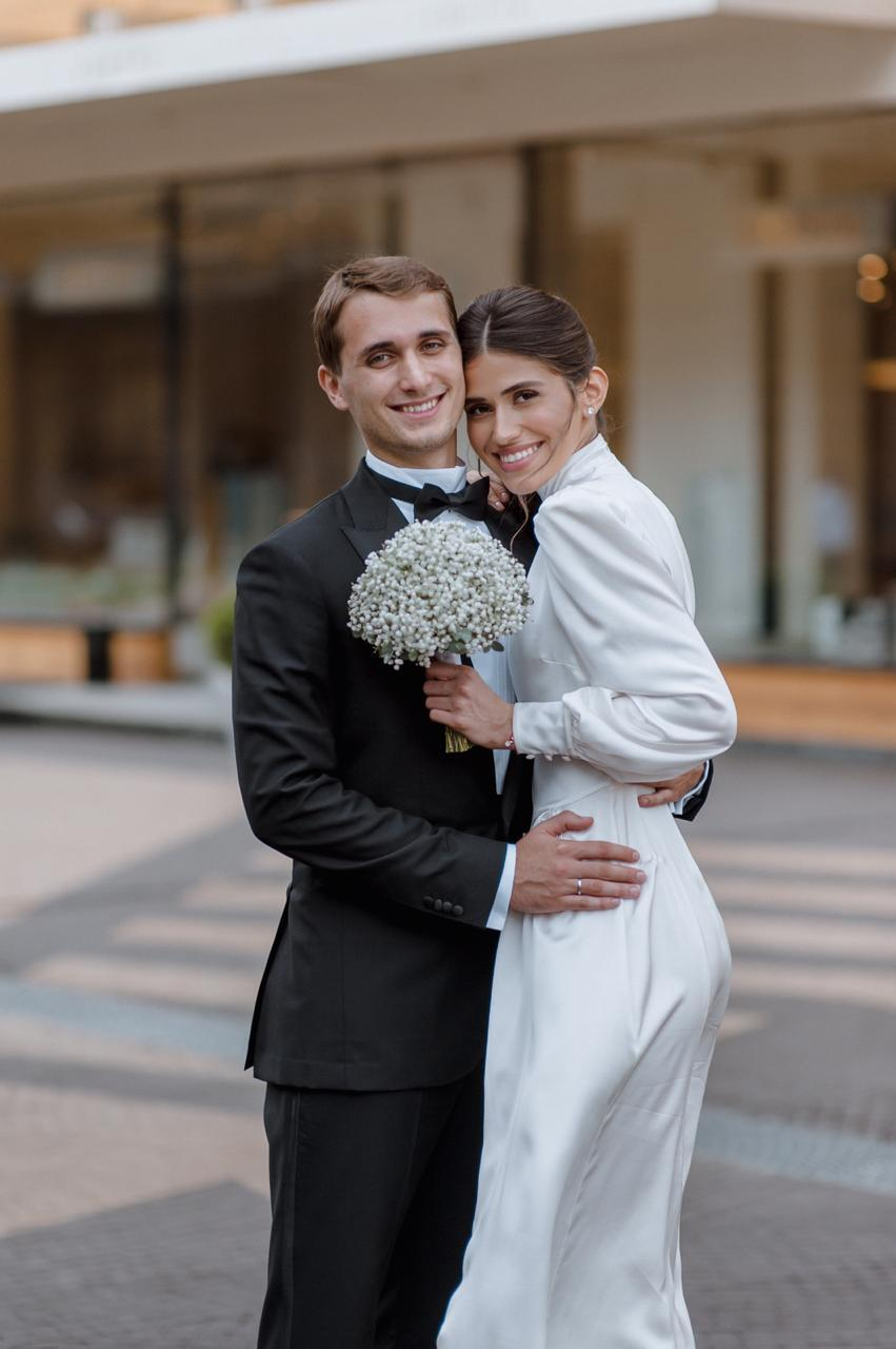 Элегантная свадьба в светлых оттенках