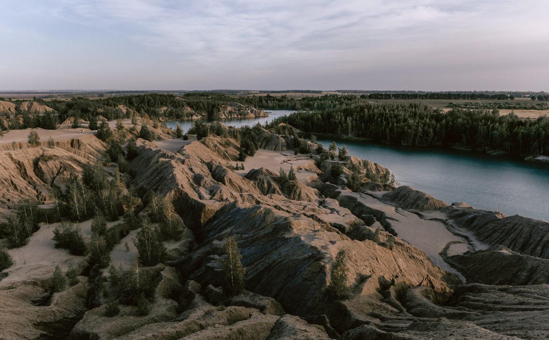Прикосновение ветра: стилизованная фотосессия в горах