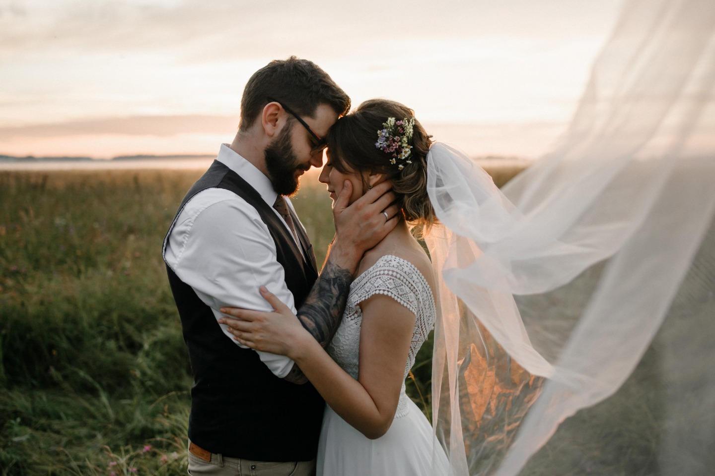 Лесной стиль: семейная свадьба на природе