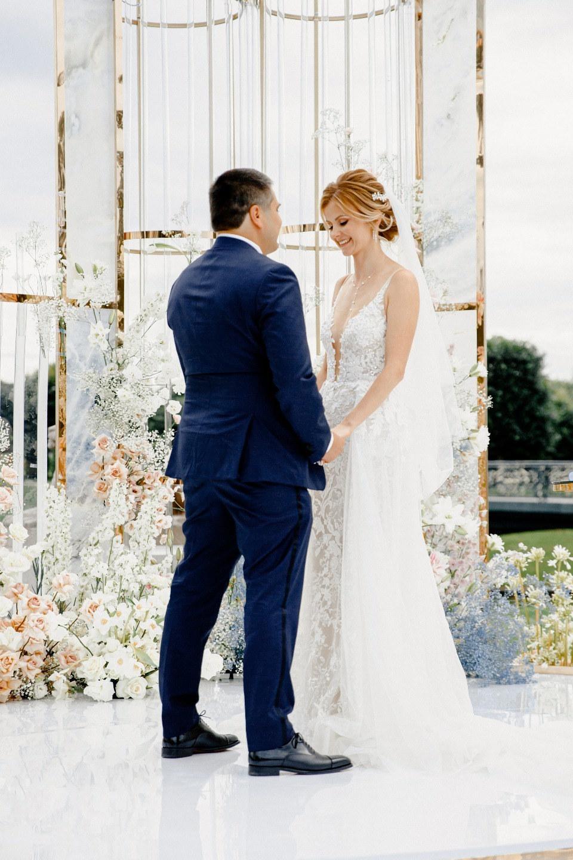 Океан чувств: свадьба в Константиновском дворце