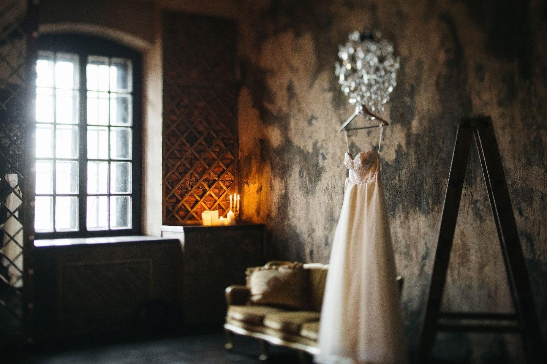 Питерская любовь: яркая свадьба в галерее Futuro
