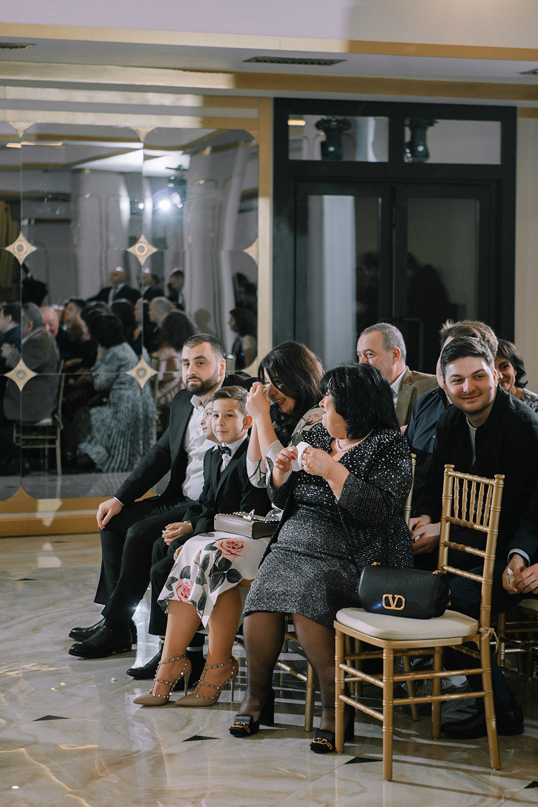 Романтика грузинского колорита: свадьба в розово-голубых оттенках